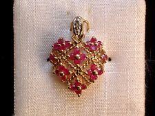 Exclusiver Herz Anhänger - besetzt mit Rubinen & Diamant - 8 Kt. Gold - 333 -