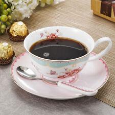 Сервиз из кофейных чашек и блюдец