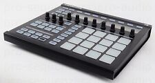 Native Instruments MASCHINE + Software MIDI Controller +Wie Neu & 1.5 J Garantie