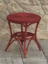 Muebles de color principal rojo para zona de juegos