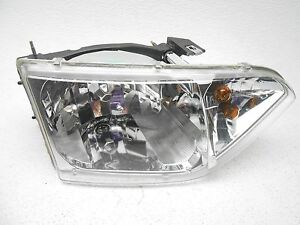 Nissan Quest Right Halogen Head Lamp Light 2001-2002 OEM New