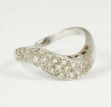 Preiswert: Wellenförmiger Ring mit lupenreinen Brillanten 0,35 Ct, 750 Weißgold
