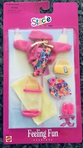 1997 STACIE Feeling Fun Fashions PJs Swim Beach Little Sister of Barbie Vintage