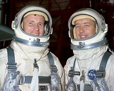 ED WHITE AND JIM McDIVITT GEMINI 4 ASTRONAUTS - 8X10 NASA PHOTO (BB-749)