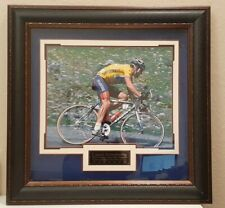 LANCE ARMSTRONG AUTOGRAPHED 16X20 PHOTO