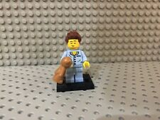 Lego Series 6 Minifigure  8827 SLEEPY HEAD