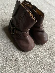 Frye baby Rodeo Bootie - Size 4 - Brown Soft Leather with Stitching Detail