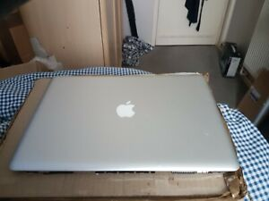 Apple Macbook PRO LCD screen top lid cover good condition v few marks /scratches
