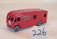 Benbros Morestone ca. 1/80 Nr. 9 Horse Box Service LKW rot #226