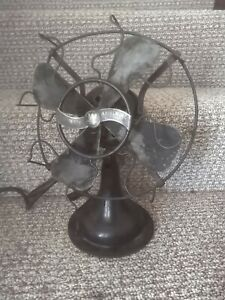 Antique Electric Westinghouse Whirlwind Table Fan Style 280598 A doesn't work