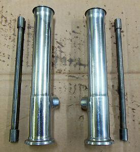TRIUMPH BONNEVILLE T140 aste e fodero aste punterie / rods and pushrods cases
