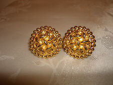 VINTAGE COLLECTIBLE ROUND BUTTON GOLD TONE CHANEL MADE IN FRANCE CLIP EARRINGS