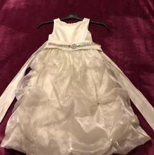 Flower Girl size 6  Beautiful Dress With Diamons Accents