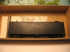 TRAIN MINIATURES HO SCALE #2300 40' A.R.A. WOOD SHEATHED REEFER UNDECORATED