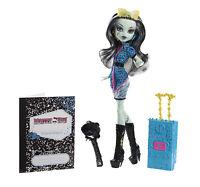 Mattel Monster High Frankie Stein SCARIS Monsterstadt der Mode OVP Y7659