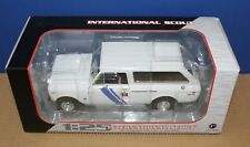 1st First Gear 49-0359 IH Dealer International Scout 1:25 White MIB 2015