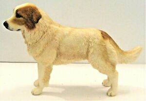 Leonardo Resin Dogs Figures - PYRENEAN  MOUNTAIN