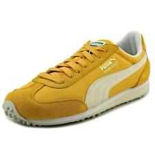 Scarpe da uomo gialli camoscio