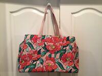NWT VERA BRADLEY Triple Compartment Travel Bag Baby College Vintage Floral  $118