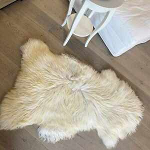 Lambskin Vanilla Merino Sheepskin Natural Fur Real Fur Deco Seat Pad Runner
