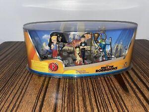 RARE Disney Store Meet The Robinsons Figurine Set of 6 Age 3+ NIP VNTG Sealed