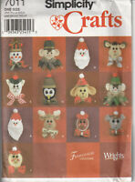 Simplicity Crafts  7011 Felt Christmas Holiday Ornaments Sewing Pattern Uncut