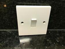 Electric Light Switch 240 V 1 Gang 2 Way White Finish with screws BG General .