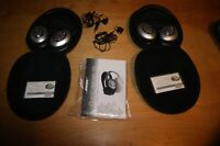BOSE QUIET COMFORT 15 SILVER & BLACK HEADPHONES W/ EXTRAS CASE & JACK