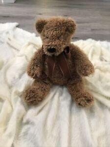 "FAO Schwarz 17"" plush Teddy Bear brown ribbon bow Toys R Us 2014"