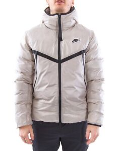 Nike Synthetic-Fill Windrunner Puffer Jacket Size XL- Retail Price $250