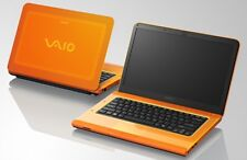 * Orange * Sony VAIO * * VPCCA 3s1e * Intel Core i7 2x2,9ghz * 8gb * 512mb ATI * DVD * eventualmente win10 *