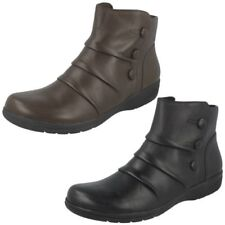 Ladies Clarks Zip Up Leather Wide Ankle Boots With Button Detail Cheyn Anne