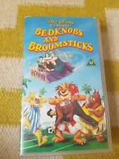 DISNEY CLASSICS - Bedknobs and Boomsticks VHS Video Tape - Very Good Condition -