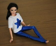 Clothes for Barbie Doll. T-shirt and Blue Metallic Leggings for Dolls.