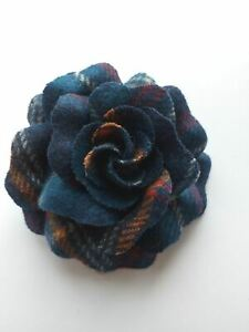 Ness bonny tweed floral Brooch Navy