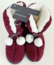 Cuddl Duds Women's Slippers Booties Sz 7/8 Medium Burgundy White Pom Pom Sherpa