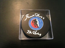 GORDIE HOWE AUTOGRAPH HALL OF FAME PUCK PSA