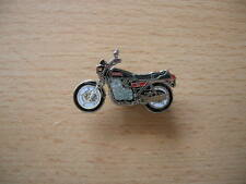 Pin Anstecker Suzuki GSX 750 E / GSX750E Motorrad Art. 0606 Motorbike Moto