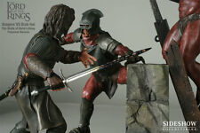 LOTR~ARAGORN VS URUK HAI~THE WALL OF HELM'S DEEP~DIORAMA~LE 750~SIDESHOW~MIB