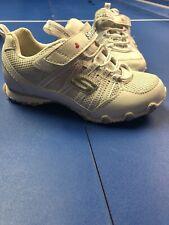 Girls White Skechers Tennis Shoe Size 10.5 New