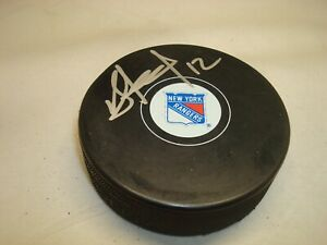 Peter Holland Signed New York Rangers Hockey Puck Autographed 1A