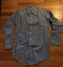 Vintage Chambray Blue Button Up Long Sleeve One Pocket Work Shirt. Size M