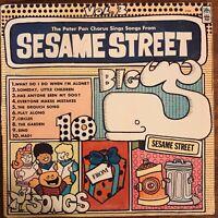 THE PETER PAN CHORUS SINGS SONGS FROM SESAME STREET VOL. 3 VINYL LP VERY GOOD