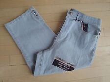 Gloria Vanderbilt Women's Perfect Fit Mid-Rise Capri Pants Size:8 MSRP $48.00