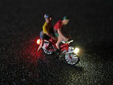 F67 - N Fahrrad mit LED Beleuchtung mit Figur zwei Personen 1:160