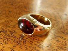 POMELLATO Ring Cabochon Granat Schliff  Massiv in 750er Gelbgold 18 Karat Gold