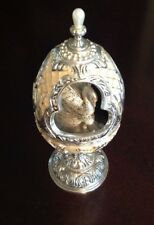 "Elegant Collectors WALLACE EGG MUSIC BOX Swan ""Wind Beneath My Wings"""