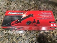 "Snap On 3/8"" 14.4V MonsterLithium Cordless Ratchet Kit CTR767K2 **Brand New**"