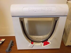 Staywell 32 magnetically operated cat flap, with 4 magnets