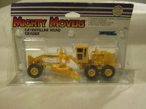1988 Ertl Mighty Movers CAT Caterpillar Street Road Grader Tractor #1848